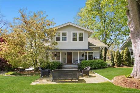 Single Family Home For Rent in Greenwich CT 06870. Old colonial house near beach side waterfront with 1 car garage.