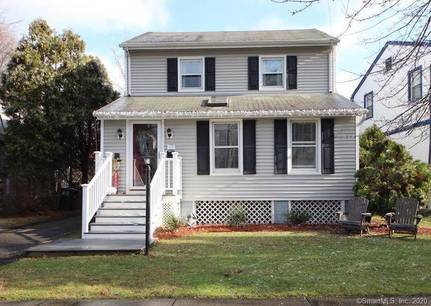Single Family Home Sold in Stamford CT 06906. Old colonial house near beach side waterfront.