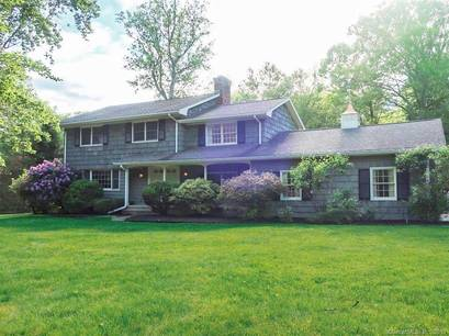 Single Family Home Sold in Norwalk CT 06850. Colonial house near river side waterfront with swimming pool and 2 car garage.