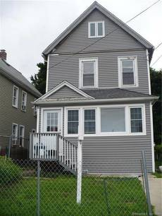 Single Family Home Sold in Bridgeport CT 06607. Old colonial house near beach side waterfront.