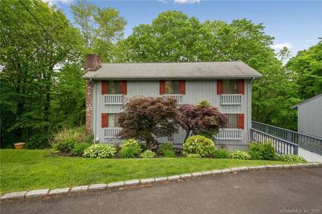 Single Family Home Sold in Danbury CT 06810. Contemporary saltbox house near waterfront with 2 car garage.