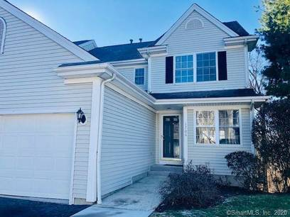 Foreclosure: Condo Home Sold in Danbury CT 06811.  townhouse near waterfront with 1 car garage.
