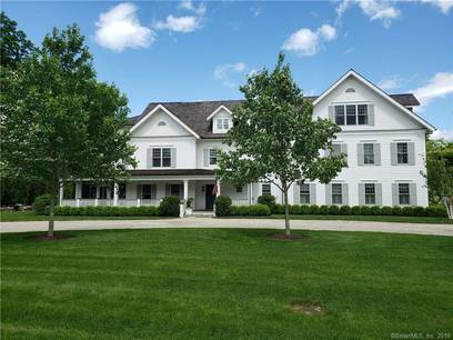 Condo Home Sold in New Canaan CT 06840. Ranch house near waterfront with 2 car garage.