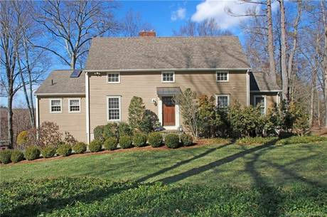 Single Family Home Sold in Newtown CT 06482. Colonial saltbox house near river side waterfront with 3 car garage.