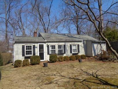 Foreclosure: Single Family Home Sold in Norwalk CT 06850. Ranch house near waterfront.