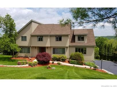 Single Family Home Sold in Danbury CT 06811. Contemporary, colonial house near lake side waterfront with swimming pool and 2 car garage.