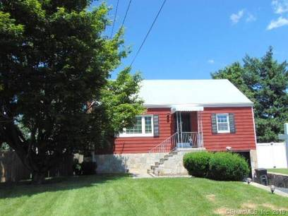 Short Sale: Single Family Home Sold in Norwalk CT 06851.  cape cod house near beach side waterfront with 1 car garage.