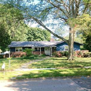 Single Family Home Sold in Stratford CT 06614. Ranch house near waterfront with swimming pool and 3 car garage.