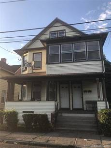 Multi Family Home Sold in Bridgeport CT 06607. Old  house near waterfront.