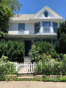 Foreclosure: Single Family Home Sold in Bridgeport CT 06605. Old colonial house near waterfront with 2 car garage.