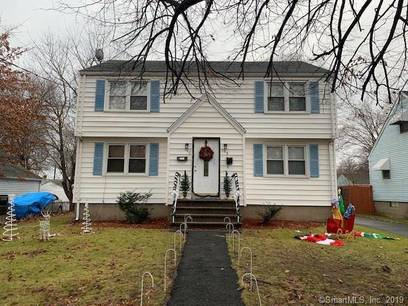 Foreclosure: Multi Family Home For Sale in Stratford CT 06615.  house near waterfront with 2 car garage.