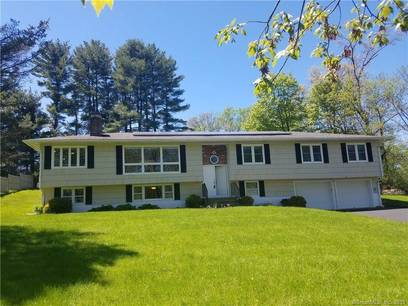 Single Family Home Sold in Danbury CT 06811. Contemporary, ranch house near waterfront with 2 car garage.