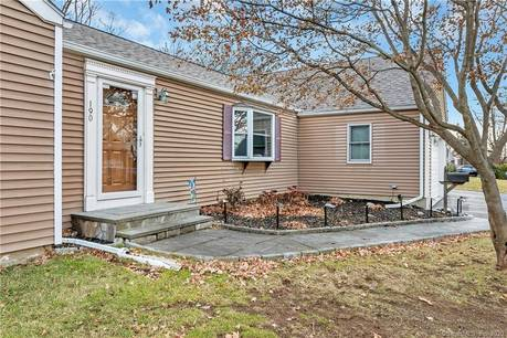 Single Family Home Sold in Stratford CT 06614. Ranch house near waterfront with 2 car garage.