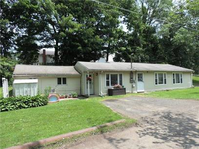 Multi Family Home Sold in Danbury CT 06811.  house near beach side waterfront with 4 car garage.
