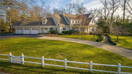 Luxury Mansion Sold in Darien CT 06820. Big colonial house near beach side waterfront with 3 car garage.