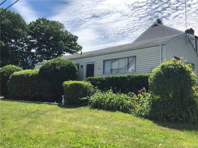 Short Sale: Single Family Home Sold in Norwalk CT 06851. Ranch house near waterfront.