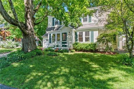 Single Family Home Sold in Norwalk CT 06853. Old colonial house near beach side waterfront with 2 car garage.