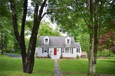 Single Family Home Sold in Newtown CT 06482.  cape cod house near waterfront with 2 car garage.