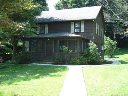 Single Family Home Sold in Danbury CT 06810. Old colonial house near waterfront.