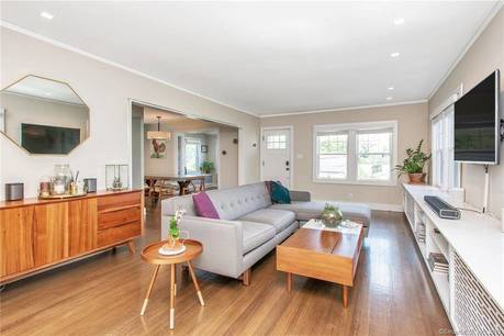 Single Family Home Sold in Greenwich CT 06831. Old colonial house near waterfront with 1 car garage.