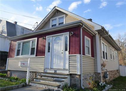 Single Family Home Sold in Stamford CT 06902. Old  cape cod house near waterfront with 1 car garage.