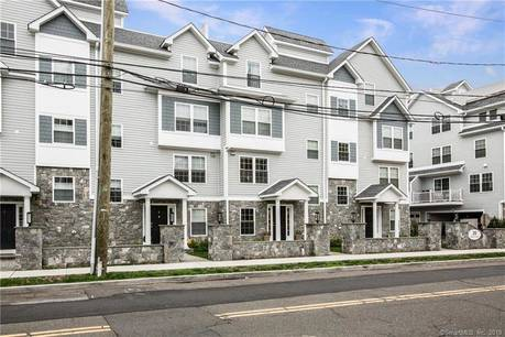 Condo Home Sold in Stamford CT 06905.  townhouse near waterfront with 2 car garage.