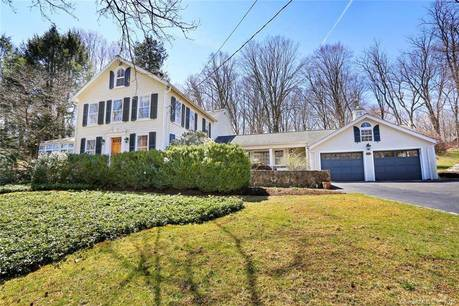 Single Family Home Sold in New Canaan CT 06840. Old antique house near waterfront with 2 car garage.