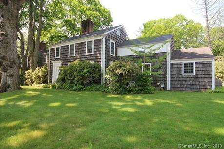 Single Family Home For Sale in Fairfield CT 06824. Old colonial, antique house near waterfront with swimming pool and 2 car garage.