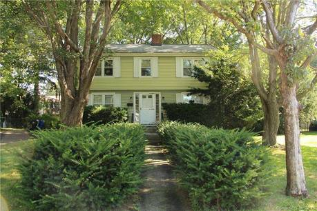 Multi Family Home Sold in Fairfield CT 06824.  house near waterfront.