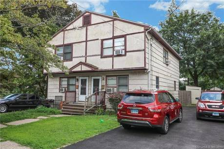 Single Family Home Sold in Bridgeport CT 06604.  house near beach side waterfront.