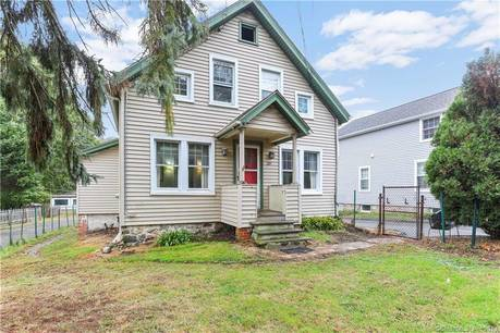Single Family Home Sold in Darien CT 06820. Old  farm house near beach side waterfront with 1 car garage.