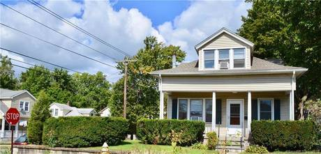 Single Family Home Sold in Bridgeport CT 06606. Old  house near waterfront.