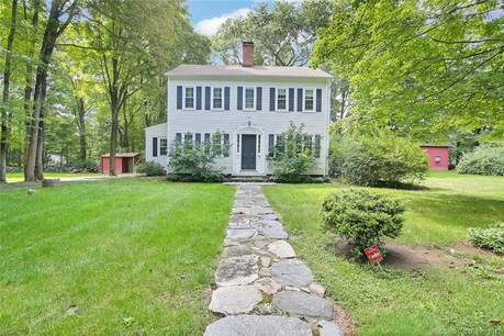 Single Family Home Sold in Stamford CT 06903. Old colonial, antique house near beach side waterfront.