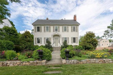 Single Family Home Sold in Fairfield CT 06824. Old colonial house near waterfront with 2 car garage.