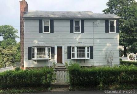 Multi Family Home Sold in New Canaan CT 06840. Old  house near waterfront with 1 car garage.