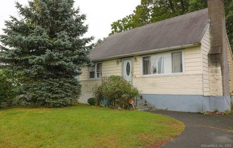 Foreclosure: Single Family Home Sold in Stratford CT 06615.  cape cod house near beach side waterfront.
