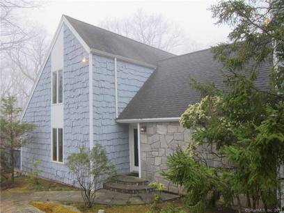 Foreclosure: Single Family Home Sold in Redding CT 06896. Contemporary saltbox house near waterfront with 3 car garage.