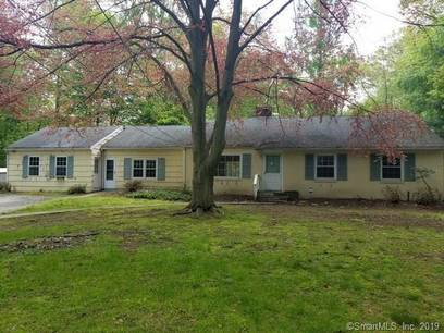 Foreclosure: Single Family Home Sold in Westport CT 06880. Ranch house near waterfront.