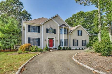 Single Family Home Sold in Monroe CT 06468. Contemporary, colonial house near waterfront with swimming pool and 2 car garage.