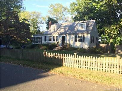 Single Family Home For Rent in Norwalk CT 06851.  cape cod house near waterfront with 1 car garage.