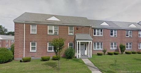 Condo Home Sold in Bridgeport CT 06608. Ranch house near waterfront.