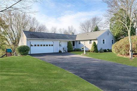 Single Family Home For Sale in Monroe CT 06468. Ranch house near waterfront with 2 car garage.