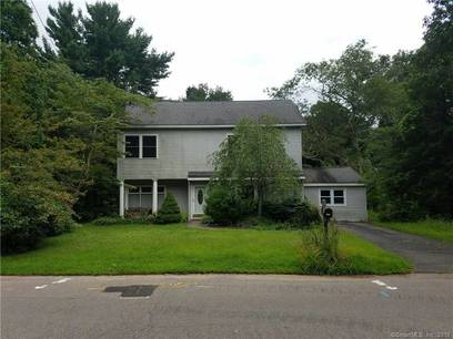 Short Sale: Single Family Home Sold in Fairfield CT 06825. Colonial house near waterfront.