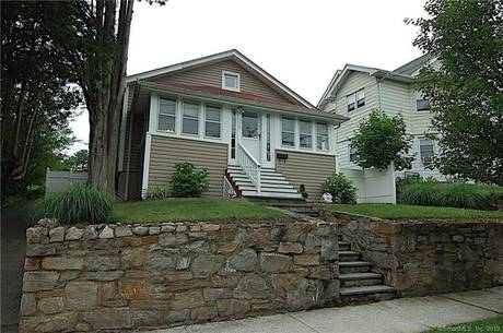 Single Family Home Sold in Stamford CT 06906. Old ranch house near beach side waterfront.