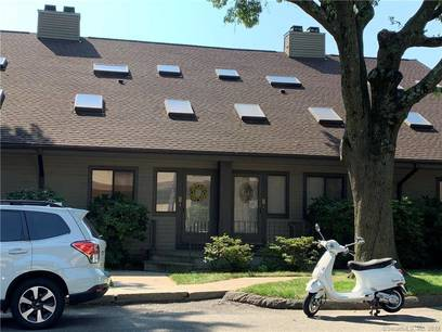 Condo Home Sold in Stamford CT 06905.  townhouse near waterfront with swimming pool.