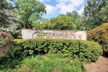 Condo Home Sold in Stamford CT 06905. Ranch house near waterfront with swimming pool.