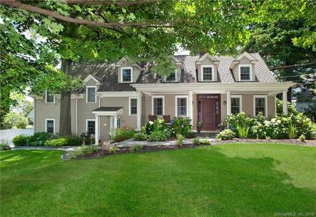 Single Family Home Sold in Greenwich CT 06878. Old colonial house near waterfront with 2 car garage.