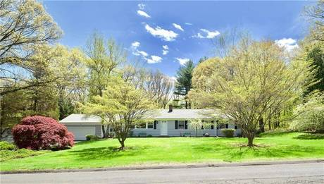 Single Family Home Sold in Trumbull CT 06611. Ranch house near waterfront with 2 car garage.