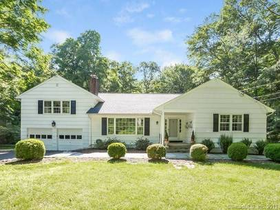 Single Family Home Sold in Wilton CT 06897.  house near waterfront with 2 car garage.