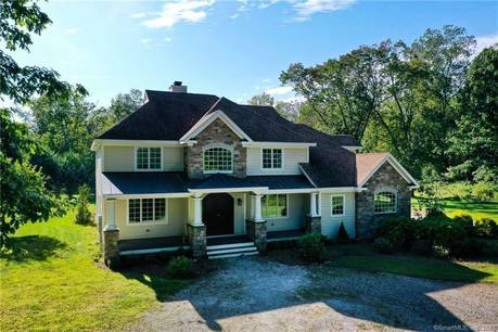 Foreclosure: Single Family Home Sold in Sherman CT 06784. Contemporary, colonial house near waterfront with 2 car garage.